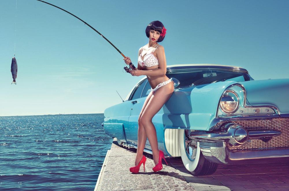 miss-tuning-2013-calendar-with-frizzi-arnold-photo-gallery-video_11