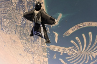 Dubai_Wingsuit_Flying_Trip_(7623583596)