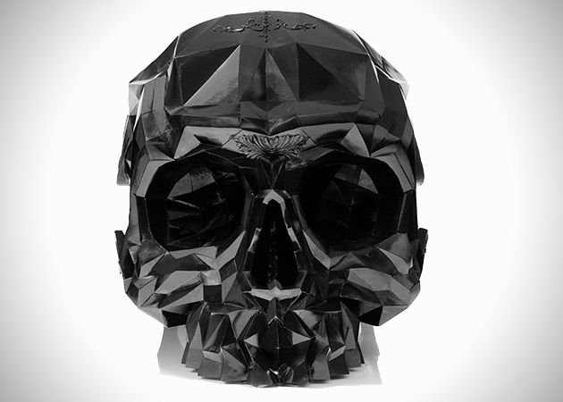 Skull-Armchair-by-Harow-1