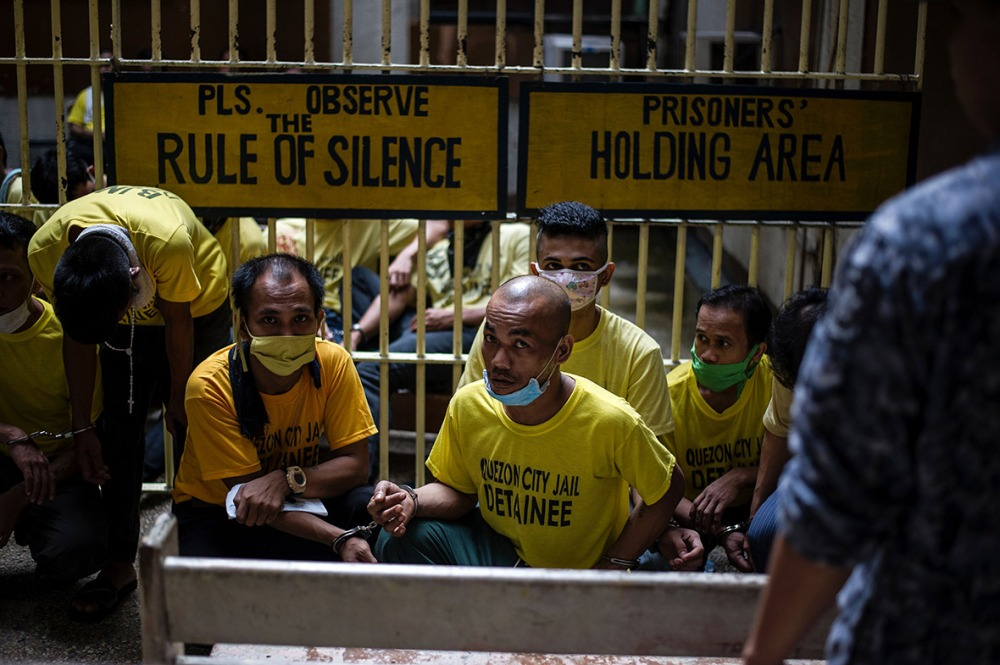 philippines-overcrowded-prison-quezon-jail (12)