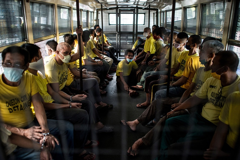 philippines-overcrowded-prison-quezon-jail (14)