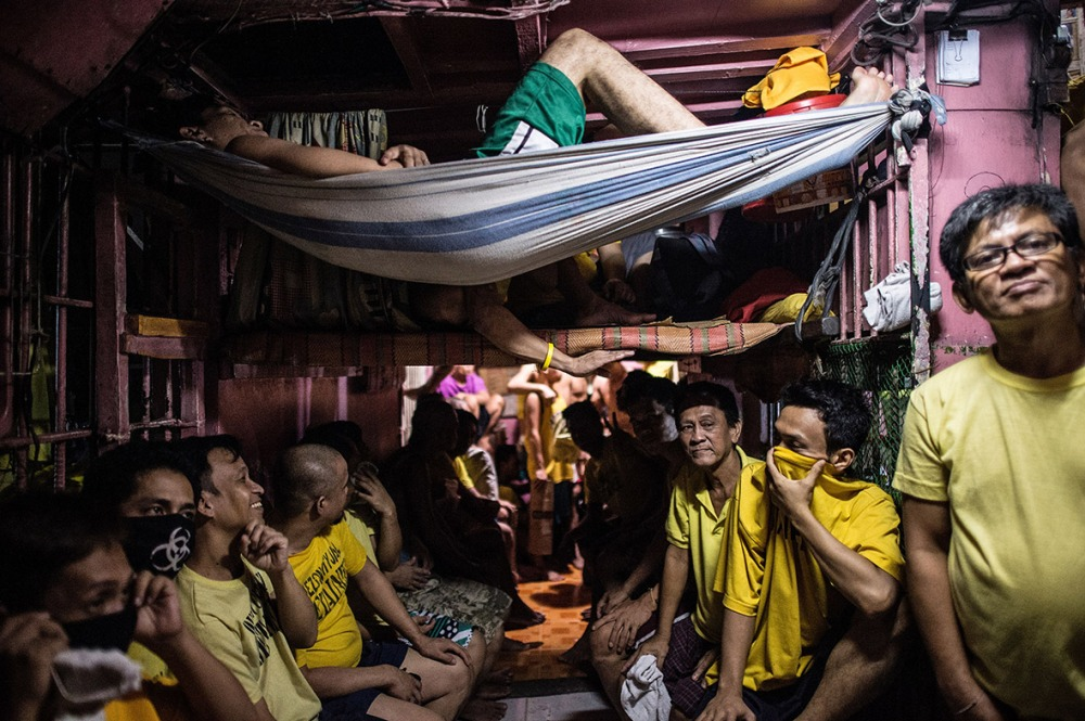 philippines-overcrowded-prison-quezon-jail (5)